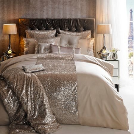 Kylie Minogue Rose shell square pillowcase