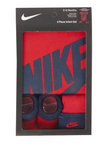 Nike Babys Body, Hat & Booties 3 Pack