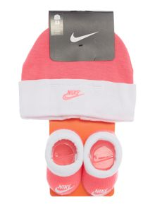 Nike Newborn Hat and Bootie Gift Set