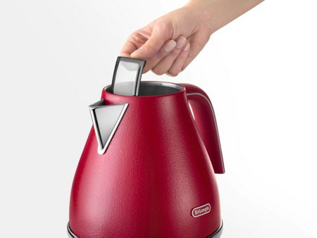 Delonghi Elements Flame Red Kettle