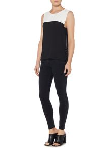 Wal-G Sleeveless Colour Block Top