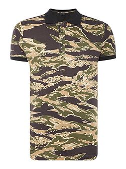 T-Coy allover camouflage print polo shirt