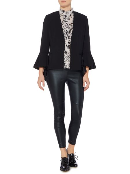 Bardot Long Sleeved Fitted Blazer