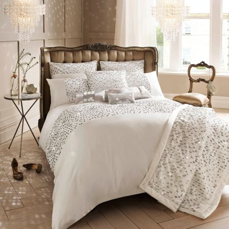 Kylie Minogue Eva oyster duvet cover