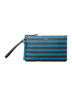 Rochester black medium wristlet