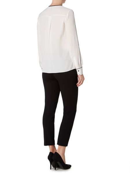 Ellen Tracy Long sleeve blouse with pleat front detail