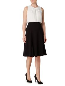 Ellen Tracy Sleeveless pleat front top