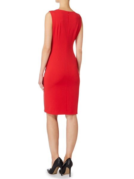 Episode Sleevless shift dress with slit