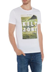 Hugo Boss Tommi 2 kilt zone print t shirt