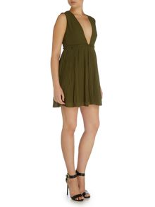 LYDC Sleeveless Plunge Dress