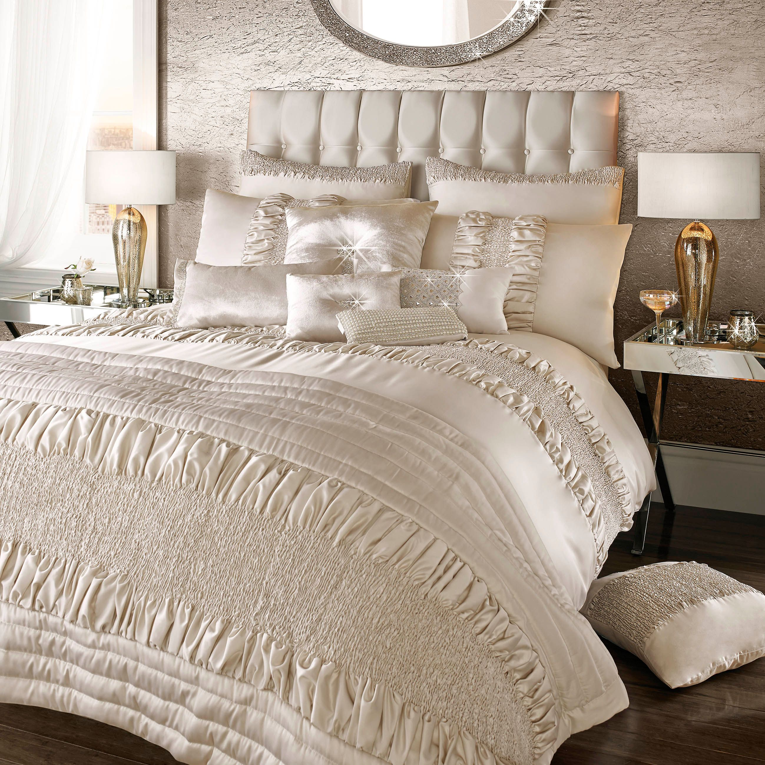 Image of Kylie Minogue Alessandra duvet cover
