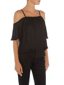LYDC Cold Shoulder Top