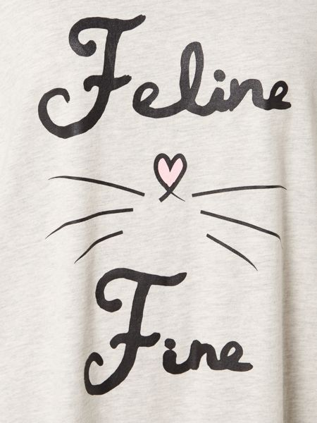 Therapy Feline fine sleep tee