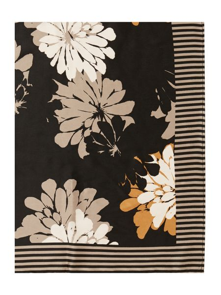 Linea Floral stripe border square
