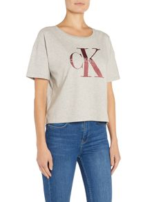 Calvin Klein Crew neck logo crop teca tee in grey