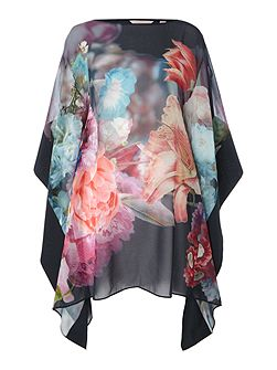Alexii focus bouquet cover up