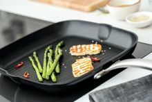 Circulon Ultimum Forged Aluminimum 28cm square grill