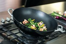 Circulon Ultimum Forged Aluminimum  36cm covered wok