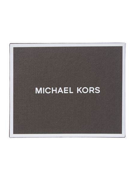 Michael Kors Owen Smooth Leather Billfold Wallet