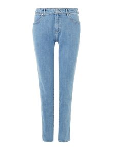 Wrangler Mid rise boyfriend jean in light stone