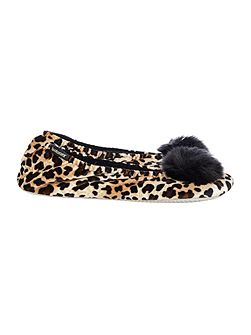 Velour slipper with pom pom