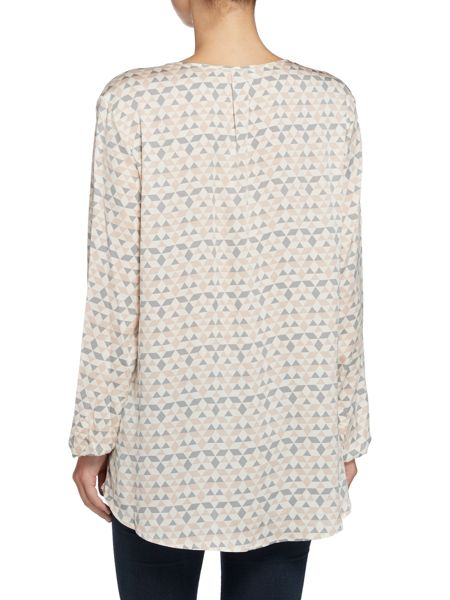 Repeat Cashmere Geometric print blouse