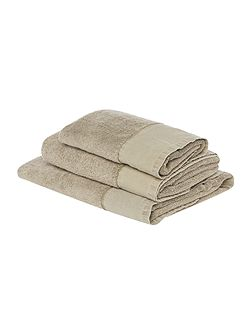 Linen stonewashed towels