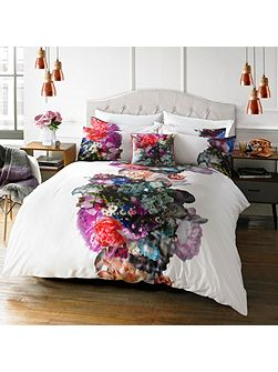 Focus Bouquet Double Duvet Cover