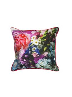 Focus bouquet 45x45cm feather filled cushion
