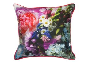 Ted Baker Focus bouquet 45x45cm feather filled cushion