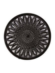 Linea Black cast iron trivet