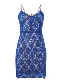 LYDC Sleeveless V Neck Embroidered Shift Dress