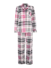 DKNY Folded fleece city notch pyjama set