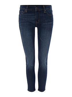 Dark wash crop skinny jean with frayed hem