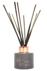 Kylie Minogue Kylie diffuser rose and cassis