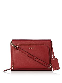 Saffiano Medium pocket crossbody bag