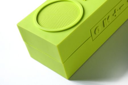 Lexon Tykho Booster Wireless Speaker, Lime