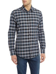 Hugo Boss Lukas 34 long-sleeve checked shirt