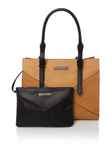 Kenneth Cole GreenwichTote Bag