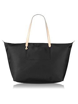 Pocket essentials large weekender tote bag