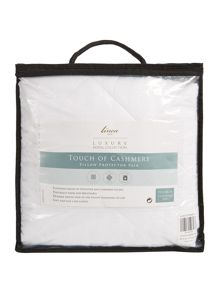 Luxury Hotel Collection Touch of cashmere pillow protector pair