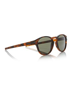 Matte brown oval OO9265 latch sunglasses