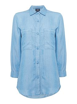 Long sleeve denim shirt with chest pockets