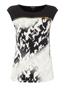 Sleeveless printed tee with zip detail