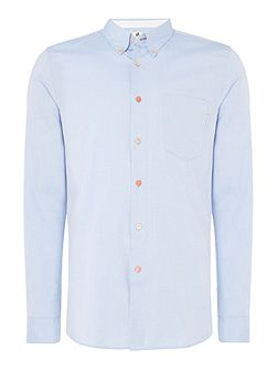 Tailored fit button down oxford shirt