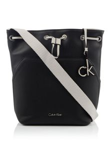 Calvin Klein Noah bucket bag