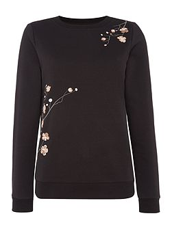 Long sleeve embroidered sweat jersey top
