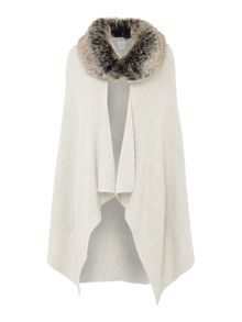 Linea Faux fur cape