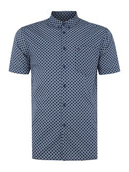 Avery retro geo print short sleeve shirt
