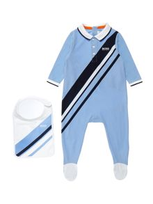 Hugo Boss Baby Bot Set of pyjamas and bib